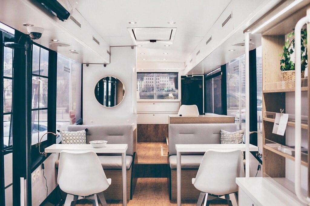 Espace-LINE-Arriere-bus
