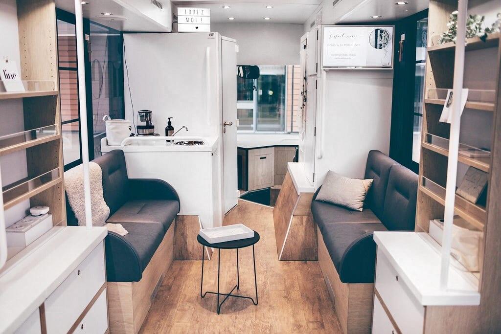 Espace-LINE-showroom mobile-intérieur